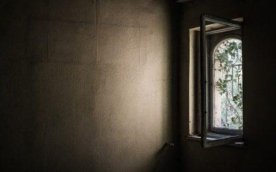 Erneuerung der Fenster und Türen im Sanitärbereich der Kindertagesstätte Marieney
